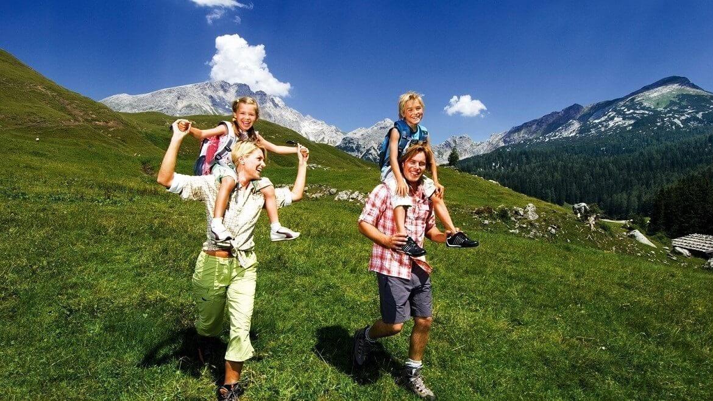 Wagrainerhof-Familienwanderung