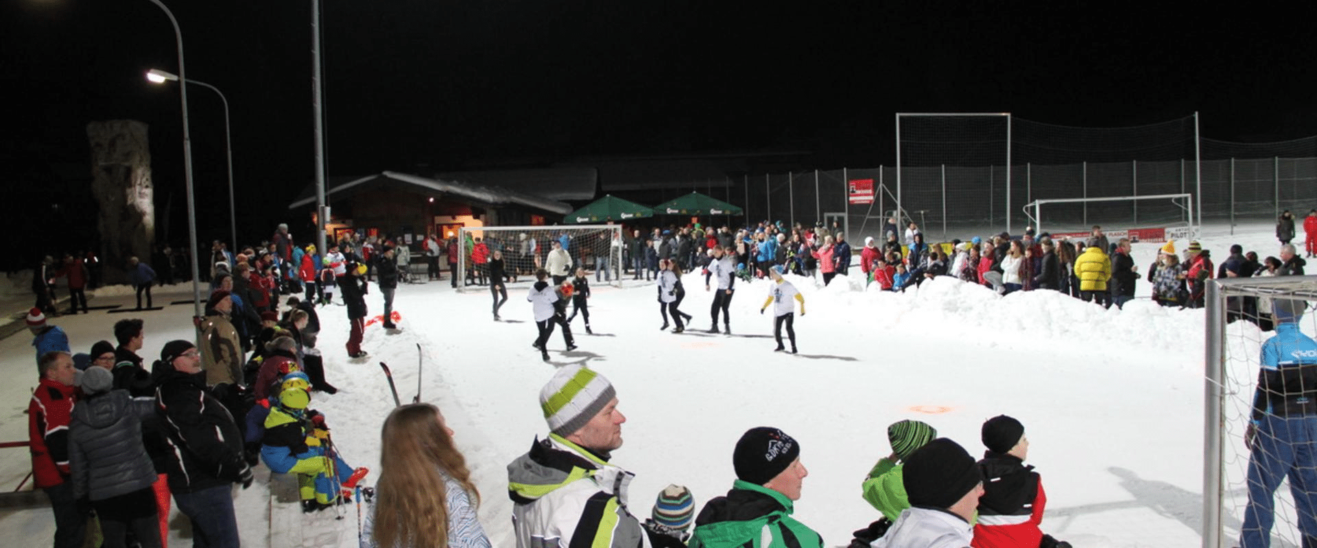 Schneefußball beim Winterfest